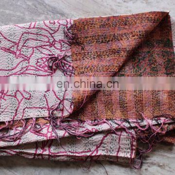 Reversible Vintage Quilted Silk Stole Women Kantha Silk Sari Scarf Shaw Indian Handmade Stitch Kantha Dupatta Neck Wrap scarves