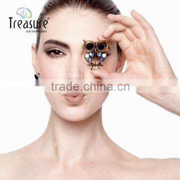 Christmas present mix color hollow alloy owl with crystal brooch jewelry