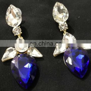 Tiny Droplet Gold Plated Party Wear Earrings Set In Blue Color