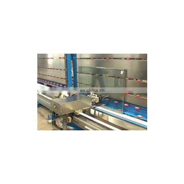 Automatic insulating glass machine for glue sealing