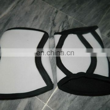 Neoprene Knee Supports white and black stripe