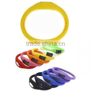 Silicone wristband watch or silicone bracelet watch