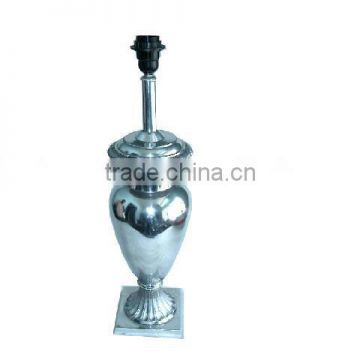 Aluminium Table Lamp Also available in Mat Finish made in cast metal