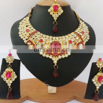 INDIAN BRIDAL JEWELLERY\INDIAN JEWELRY SET\KUNDAN JEWELLERY SET