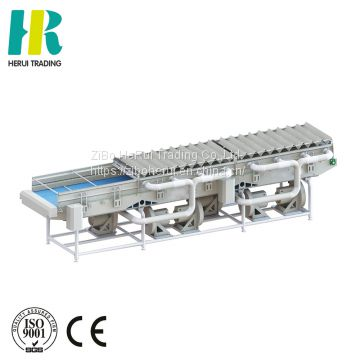 Vegetable dewatering wind - type mesh belt drain machine