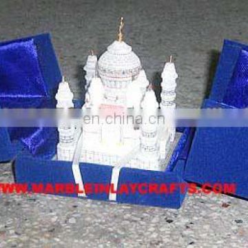 LOVELY VINTAGE MINIATURE MARBLE MODEL TAJ MAHAL MODEL