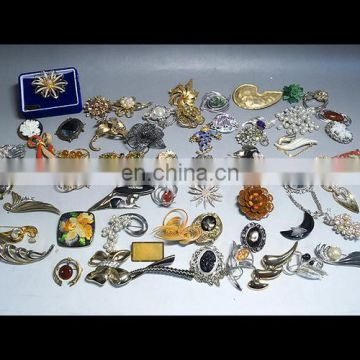 Best-selling and Beautiful antique accessories jewelry