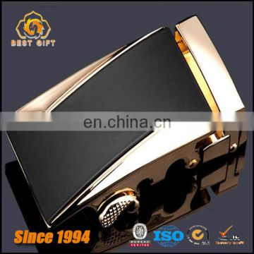 Guangdong Cast The Latest Burst Of Men's Buckle Belt