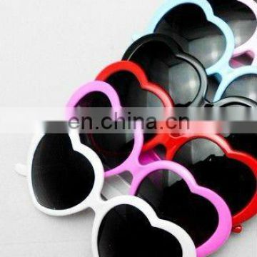 2013 fashion hottest red heart Sunglasses