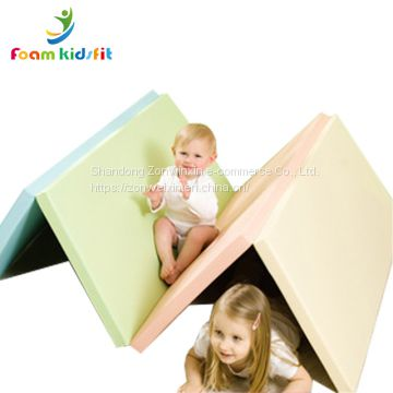 Eco-friendly educational  soft play  baby   folding crawling   play mat