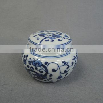 Small ceramic pet ashes urn wholesale china supply