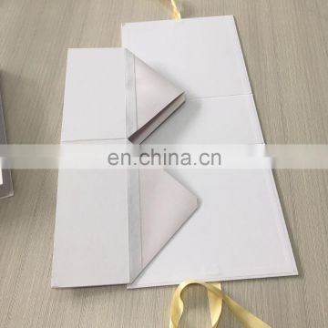 Simple Luxury Matt Golden Ribbon White Ribbon Folding Handbag Box