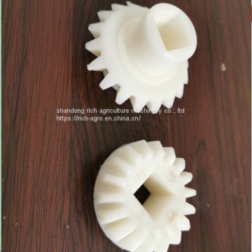 Nonstandard Small Plastic Pinion Helical Gear For No Tillage Machine
