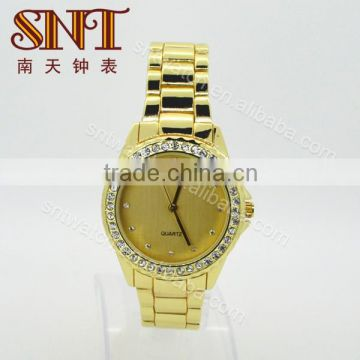 Fashionable watch decorated by crystals with quartz movement on sale