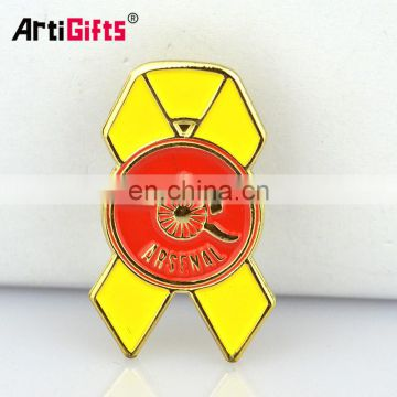 Customized cheap tour souvenir metal prague lapel pins