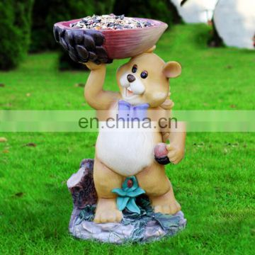 Lovely resin wholesale figurine bear