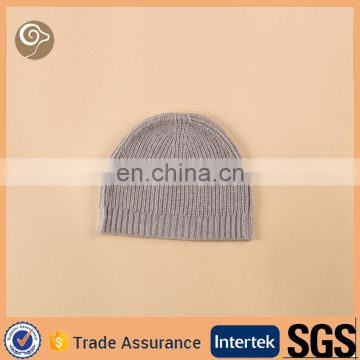 Kitted pure cashmere hat