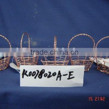 Cuprous wire weaving gift basket with handle