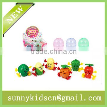promotional wind up toy wind up vagetable capsule toy