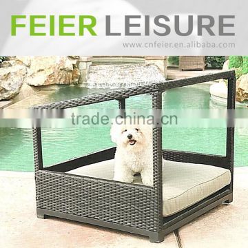 Hot sale kd rattan pet house