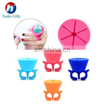 Smart Fashion Customer Design Available Wearable Useful Silicone Nail Polish Holder For Women