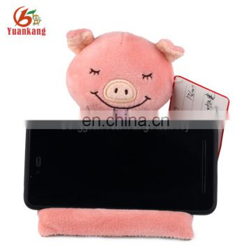 ICTI factory wholesale plush stuffed animal pig toy fashionable handy cell phone holder