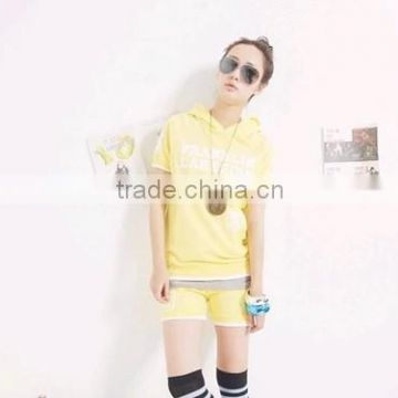 New Short Sleeve Hooded T-shirt And Pant Tracksuit Hot Fashion lady Sports Wear With Printed English