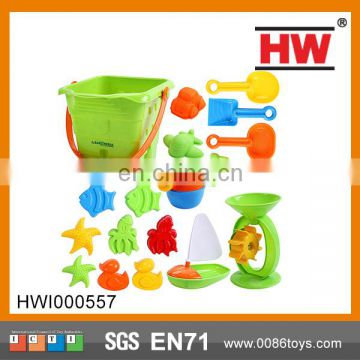 Shantou Chenghai 18pcs sand mold toys with bucket