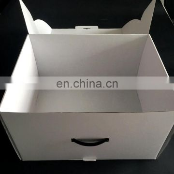 big size corrugated shipping box with custom logo and plastic handle
