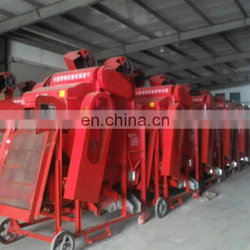 Automatic Economical and practical Peanut picking machine for farmers