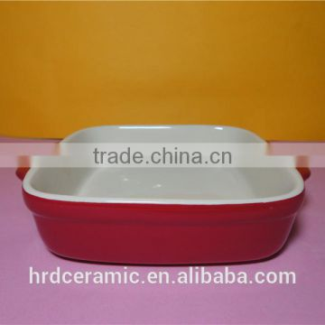 Microwave safe porcelain red oven ware bakeware with handle