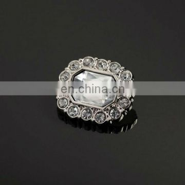 Bling hot sale rectangle rhinestone button