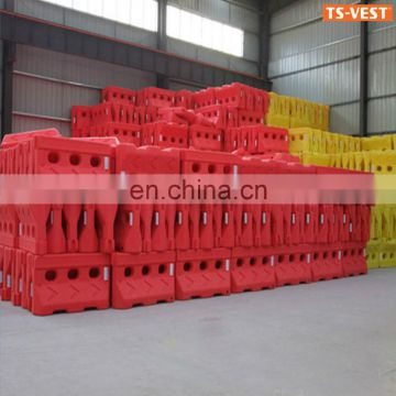 water filled plastic barrier,traffic barrier,plastic road barrier
