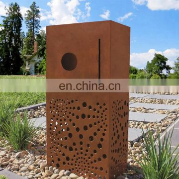 Fasion  Hotel Garden Simple Installation Corten Steel  Metal Centric Rust Pillar Letterbox With Newspaper Holder