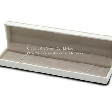 Plastic jewelry box for fashion brand jewelry, plastic box  covered with white PU  outside ​and velvet paper inside