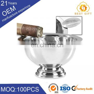 Clear round & square crystal / glass / metal / wooden cigar ashtray for office, restaurant or home