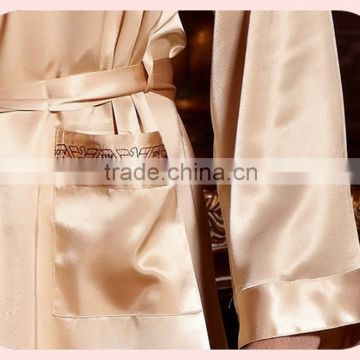 Gold Emulation Silk Men Bathrobe Long Sleeve V Neck Male Robes Soft Silk Satin Sleepwear Casual Comfortable Homewear