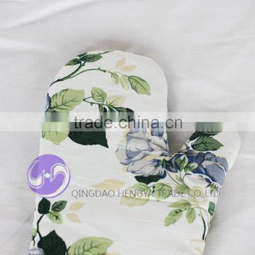 2015 Latest Printed Cotton flowered kitchen Slubbed fabric oven mitt gloves