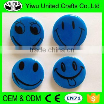 2017 China supplier promotional gift custom plastic pin button badge