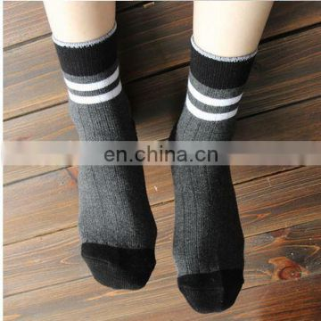 2016 custom logo plain teen socks men sport Professional Factory sport socks