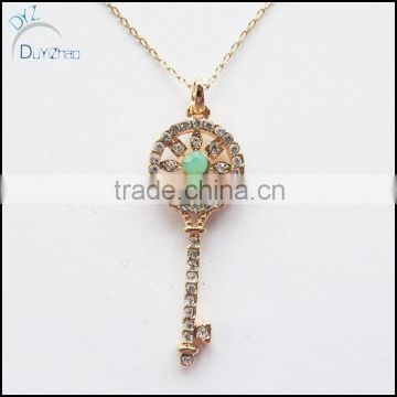 gold pendants with diamond