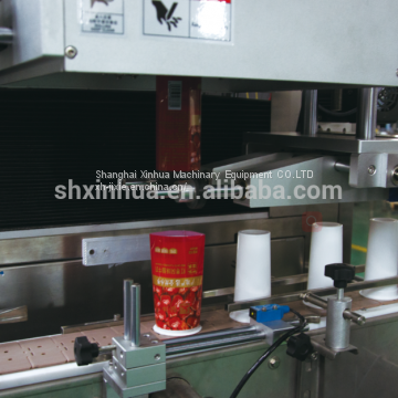 Shrink sleeve labeling machine for bottle and cup