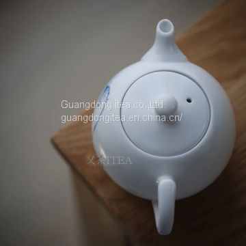 Lotus tea pot