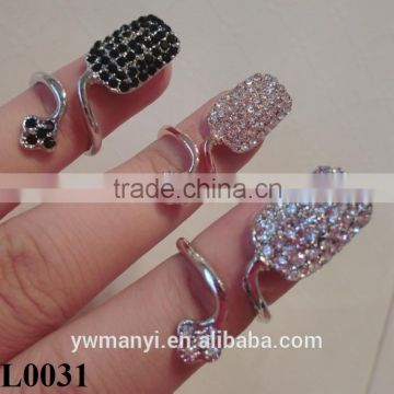 New Hot Sale Fashion Full Rhinestone Finger Nail Art Ring Jewelry Fake Nail Art Wholesale L0031                                                                         Quality Choice