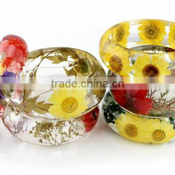 Handmade fashion girls' jewelry pressed dried flower clear resin bangle bracelet
