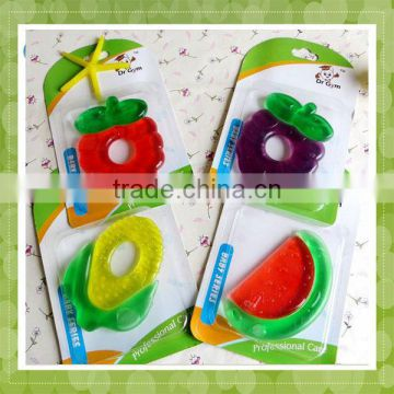 100% Food Grade Soft Heart Shape Silicone Baby Teether for Biting