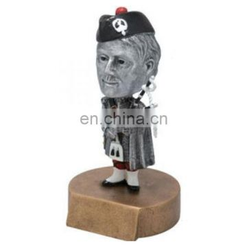 Customized silvery resin pirate statue