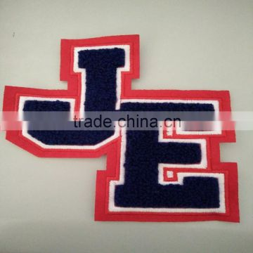 the simple letters JE for baseball caps and backpacks or bags custom embroidery chenille patches