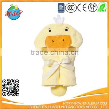 2017 hot sale yellow duck hooded baby bath towel wrap
