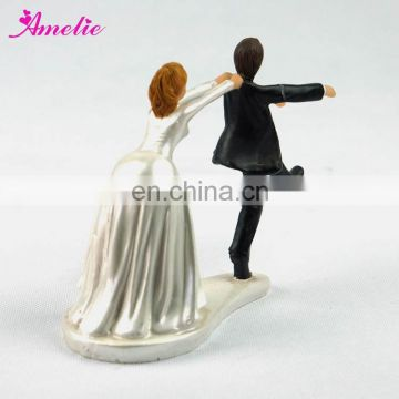 A07384 New Arrival Ivory Wedding Cake Toppers Wholesale Porcelain